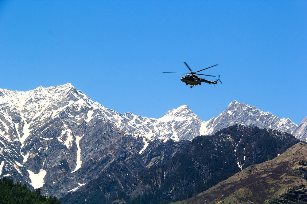 Luxury helicopter transfer Alps
