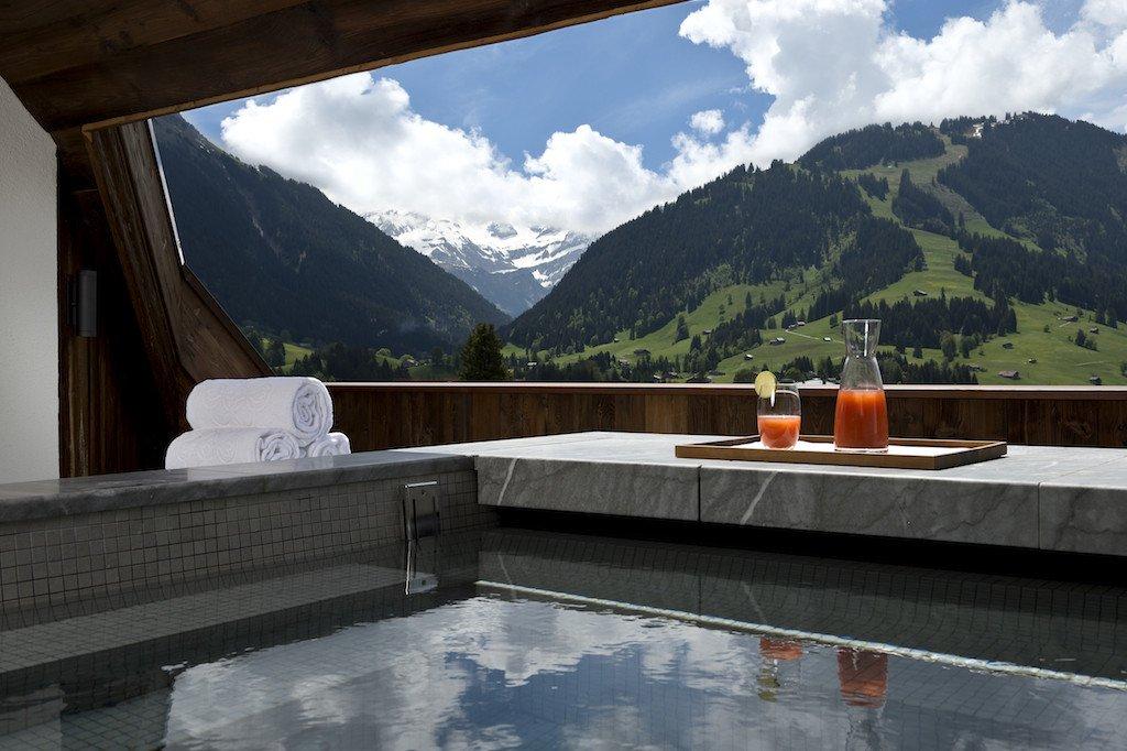 The Alpina Heli Securite
