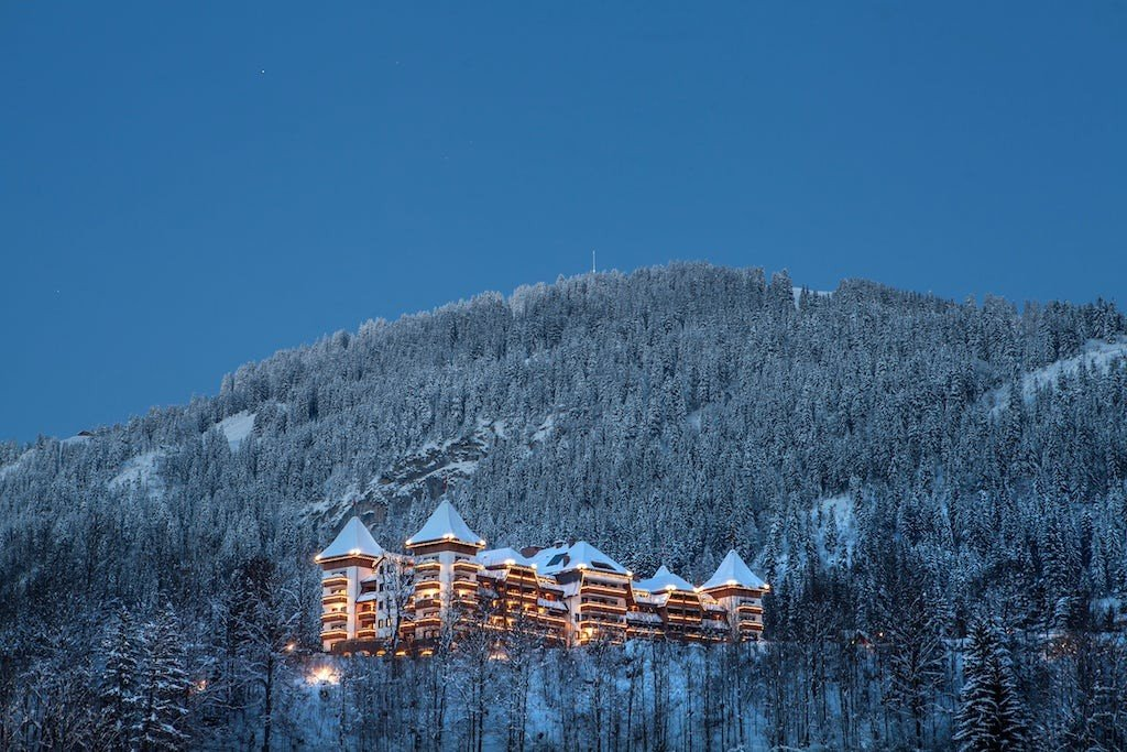 The Alpina Gstaad Heli Securite